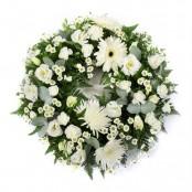 SYM-321 Classic Wreath in White