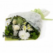 Serena Traditional Gift Wrapped Bouquet